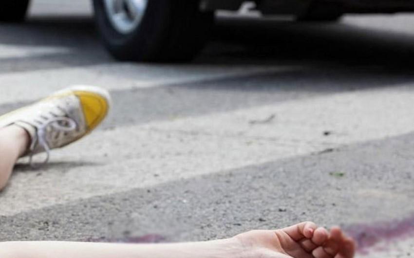 Sumqayıtda 22 yaşlı gənci avtomobil vurub