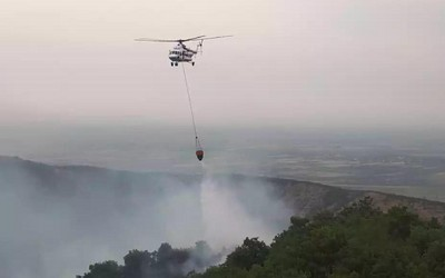 Fire breaks out in area mined by Armenians in Khojavend