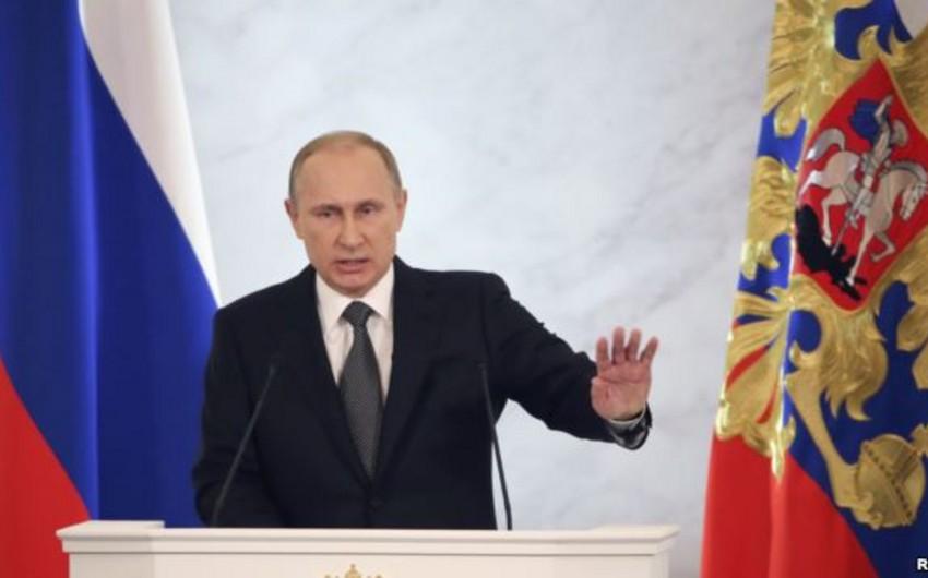 Rusların 85 faizi Vladimir Putinə güclü siyasi dəstək verir