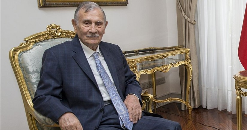 Former Turkish PM dies at age of 86