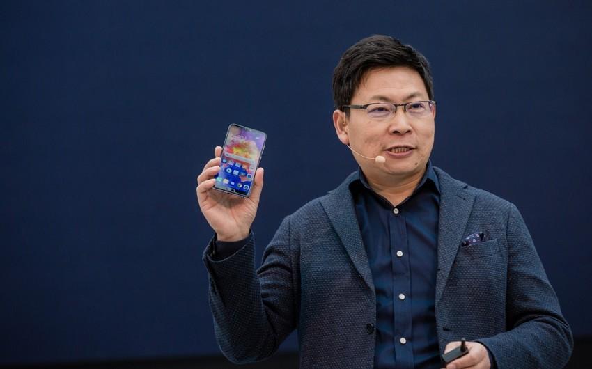 Riçard Yu: ABŞ-ın qadağaları olmasaydı, Huawei dünyanın 1 nömrəli telefon markası idi