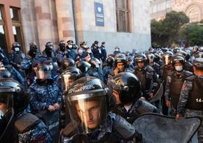 В Ереване задержали 24 участника акции протеста