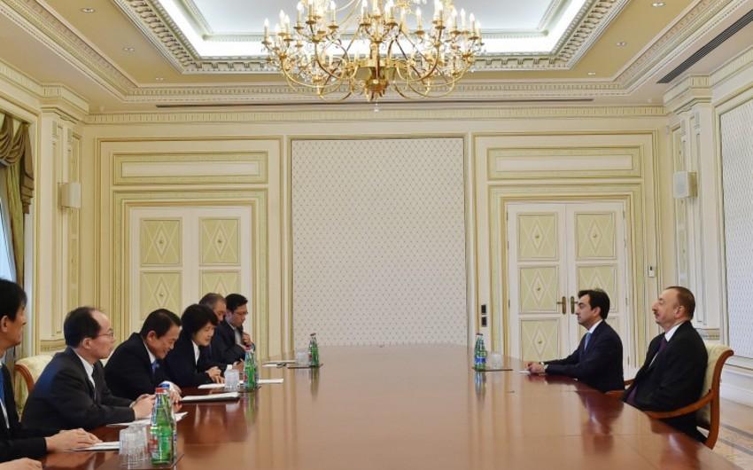 Президент Ильхам Алиев принял заместителя премьер-министра Японии