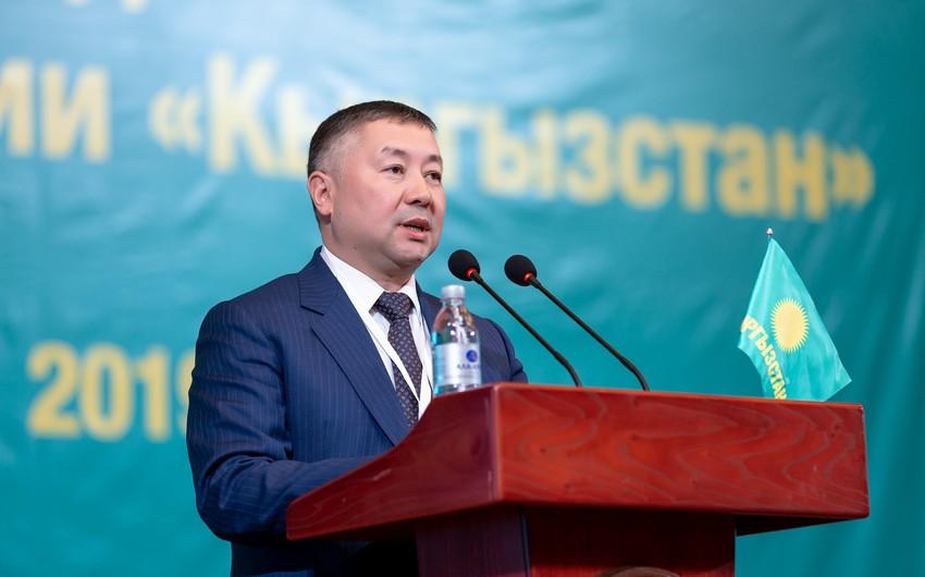 Qırğızıstan parlamentinə yeni sədr seçildi