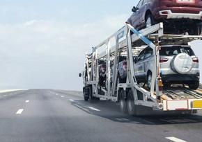 Азербайджан сократил импорт автомобилей из Грузии