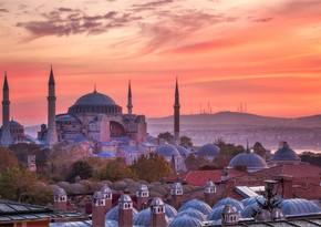 В Турции ужесточили меры против COVID-19