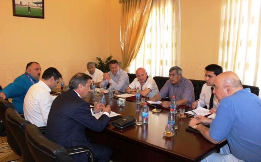Neftçi klubuna baş məşqçi təyin olunub