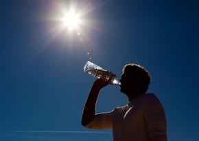 В 41-градусную жару работы под открытым небом должны быть приостановлены