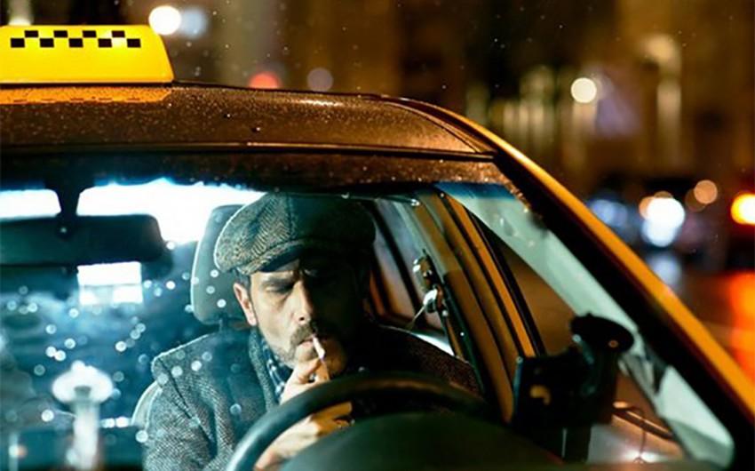 В Баку водитель такси был ранен клиентом