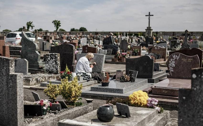 Fransada infeksiyadan 30 mindən çox şəxs öldü