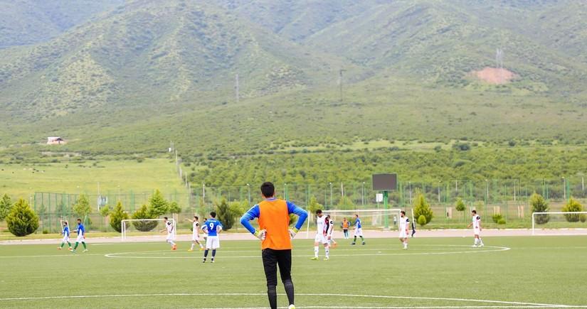 FIFA Azərbaycanın həvəskar klublarından yazdı