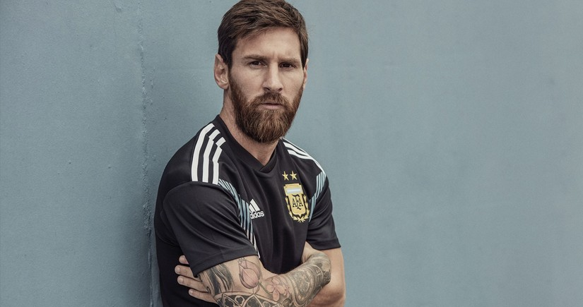 Lionel Messi helps obtain 50,000 Covid vaccines for South American players