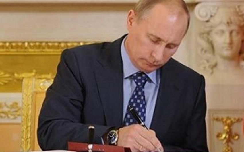 Putin Azərbaycanla bağlı qanunu təsdiqləyib