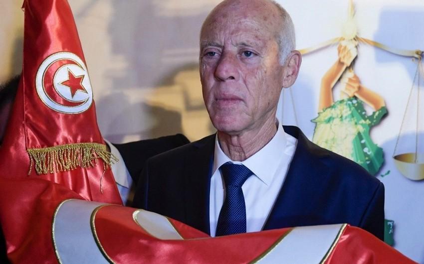 Tunisdə fövqəladə vəziyyət rejimi daha altı ay uzadıldı