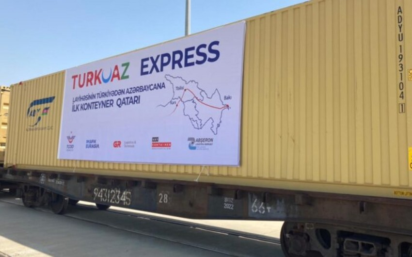TURKUAZ layihəsi çərçivəsində daha bir konteyner blok qatarı ölkəmizdədir