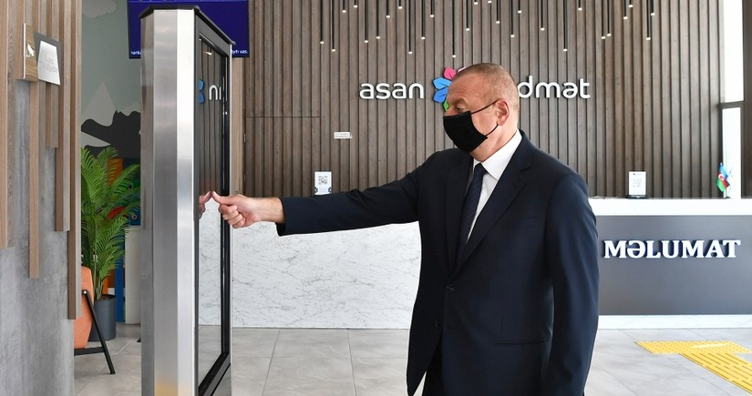 """İlham Əliyev 6 saylı Bakı """"ASAN xidmət"""" mərkəzinin açılışını edib"""
