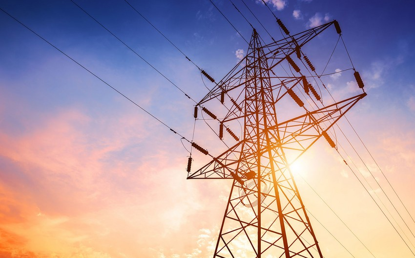 Azərbaycan elektrik enerjisi idxalını 20 % artırıb