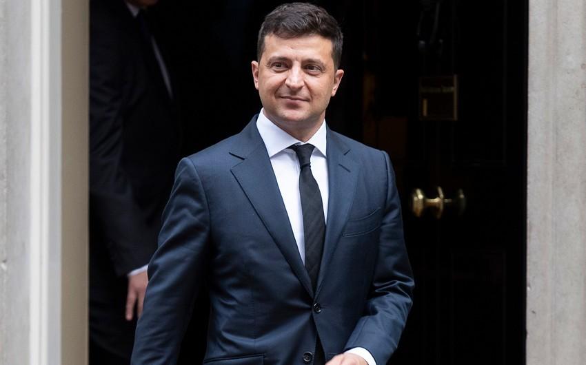 Zelenski Rusiyanın məhdudiyyətləri fonunda ukraynalıları Türkiyədə dincəlməyə çağırdı