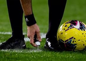 Futbolçu daşı öz başına vurub, simulyasiyaya əl atdı