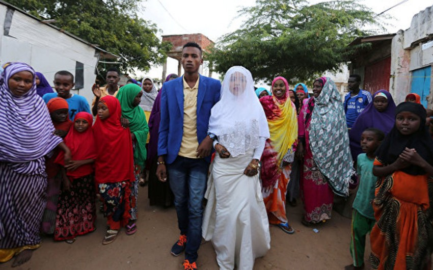 В Дании запретили браки между несовершеннолетними беженцами