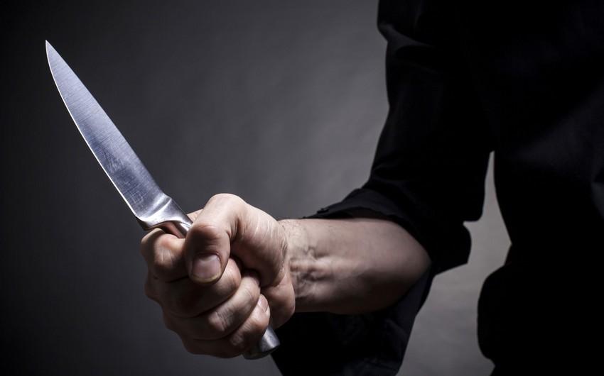 В Баку ранили ножом двух братьев, один из них скончался