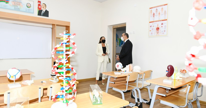 Mehriban Aliyeva views conditions created at newly-built school in Bina settlement