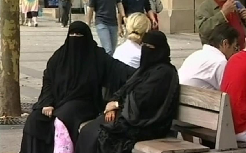 BBC: Londonda müsəlmanalara qarşı törədilən cinayətlər 70 faiz artıb