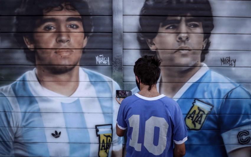 İtaliya və Argentina Maradonanın xatirəsinə yoldaşlıq matçı keçirəcək