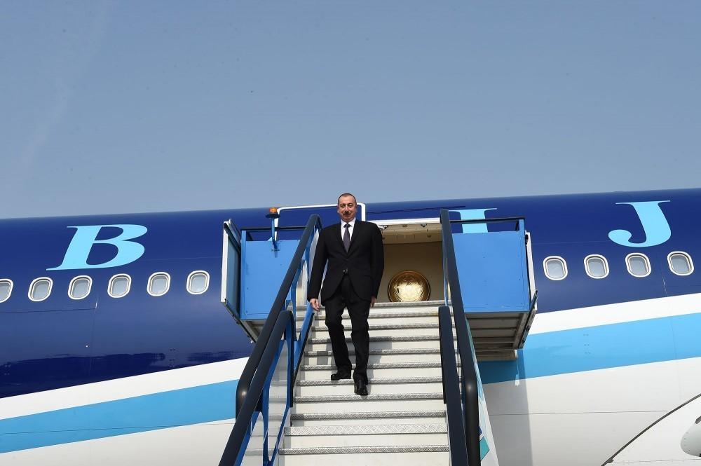 Президент Азербайджана отправилсяс рабочим визитом в Турцию