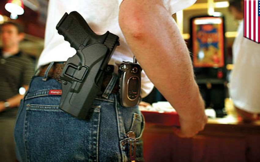 Texasda açıq şəkildə silah gəzdirməyə icazə verilib