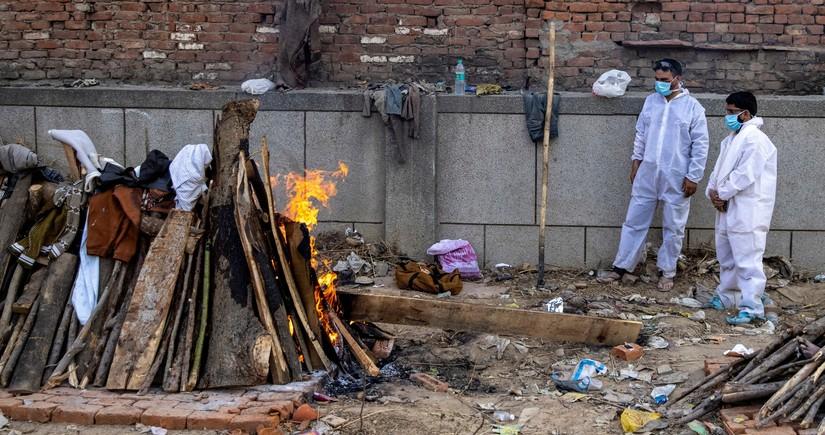 Hindistanda bir gündə 411 nəfər virusdan ölüb