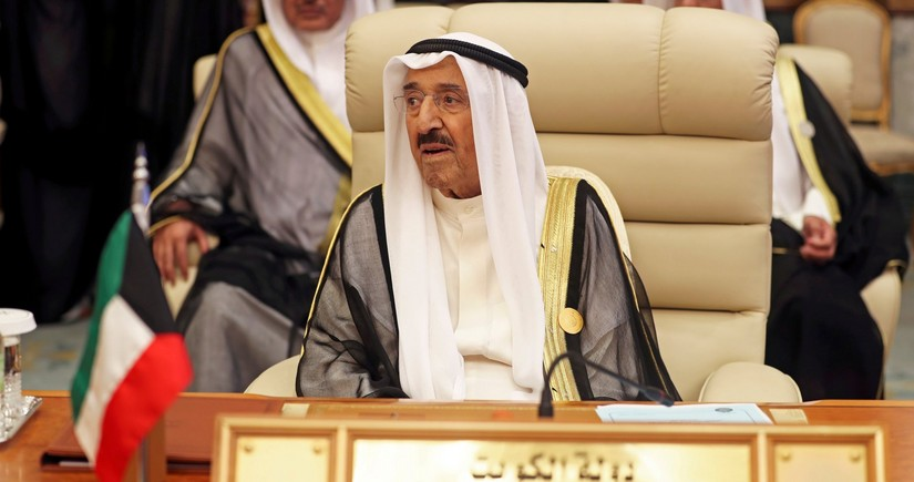 Kuwaiti emir passes away
