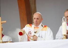 Roma Papası qadınlarla bağlı müraciət etdi