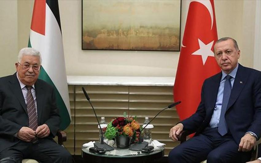 Palestinian President meets with Erdogan