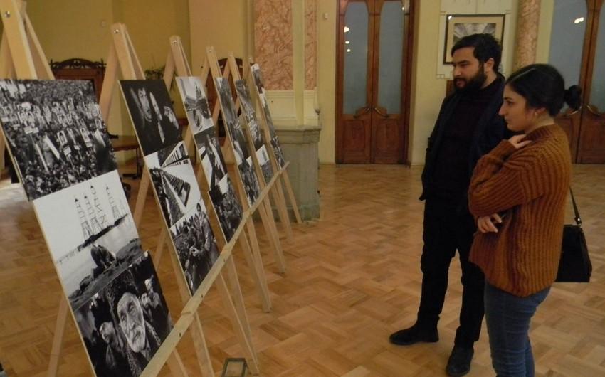 Tbilisidə 20 Yanvar faciəsini əks etdirən fotosərgi keçirilib