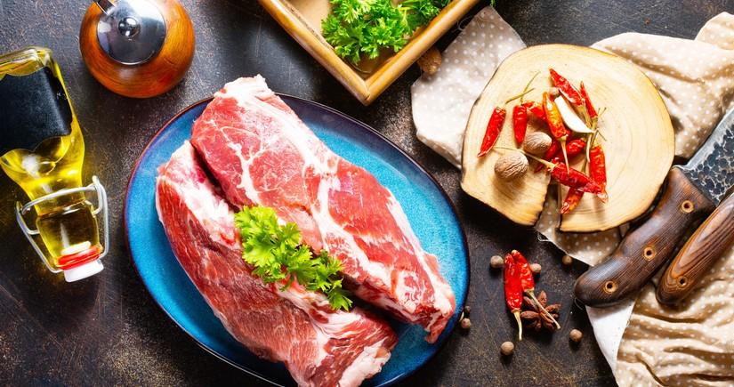 Азербайджан сократил импорт мяса на 10%
