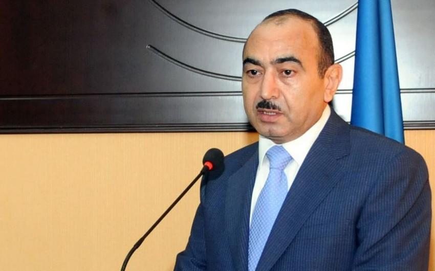 Али Гасанов: Президент Ильхам Алиев потребовал от Саргсяна относиться к героям именно как к героям - ИНТЕРВЬЮ