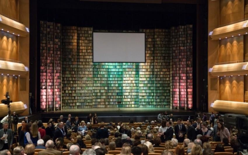 Əbülfəs Qarayev 4-cü Sankt-Peterburq Beynəlxalq Mədəniyyət Forumunda iştirak edir