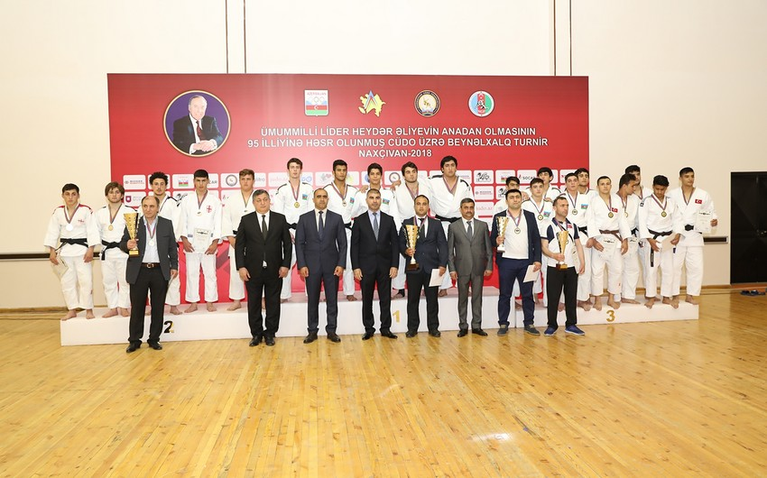 Naxçıvanda Heydər Əliyevin 95-ci ildönümünə həsr olunmuş cüdo üzrə beynəlxalq turnir keçirilib
