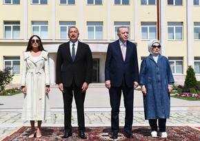 Türkiyə Prezidenti və xanımının şərəfinə nahar verilib