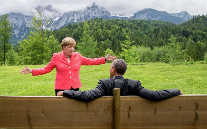 Angela Merkel və Barak Obama Ukraynadakı vəziyyəti müzakirə ediblər