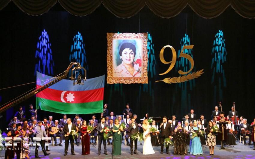 Gəncədə Zəriflik Beynəlxalq Musiqi Festivalının bağlanış mərasimi keçirilib