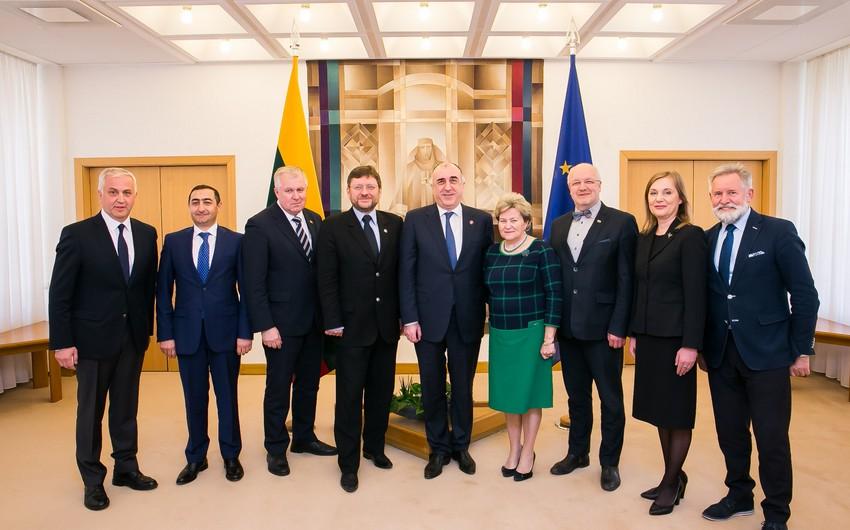 Azərbaycanla Litva arasında regional və beynəlxalq məsələlər ətrafında fikir mübadiləsi aparılıb