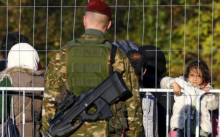 Macarıstanda fövqəladə vəziyyət rejiminin müddəti artırılıb