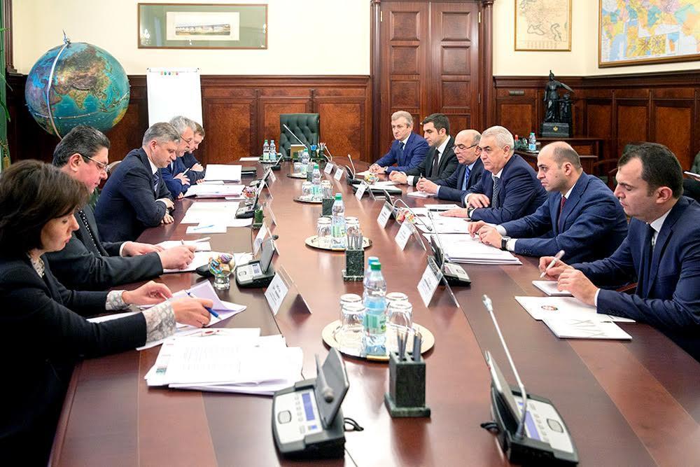 Азербайджан предложил Грузии внедрить низкие тарифы на грузоперевозки