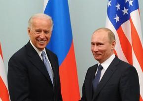 В Кремле рассказали, какие вопросы обсуждались в ходе первого разговора Путина и Байдена