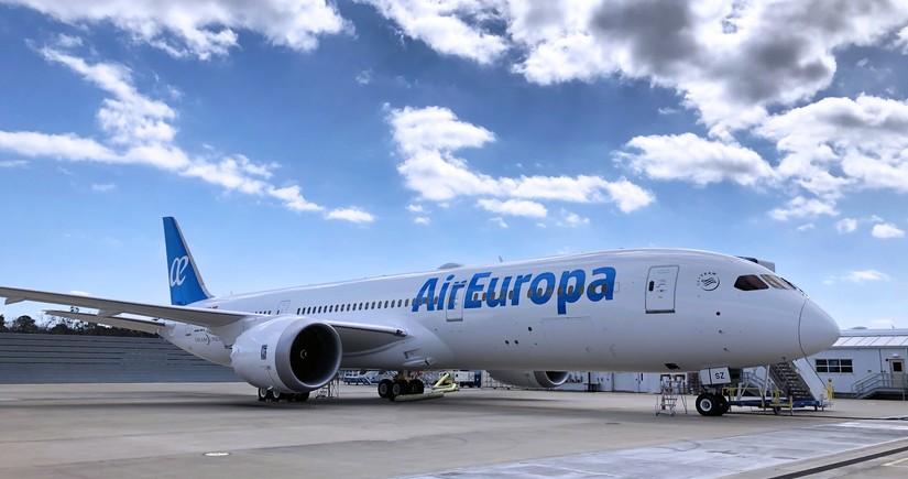 Авиахолдинг IAG завершил третий квартал с убытком в 1,3 млрд евро