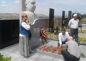 Yashar Nuri's grave visited
