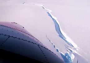 Antarktidadan Sankt-Peterburq şəhəri böyüklüyündə aysberq qopub