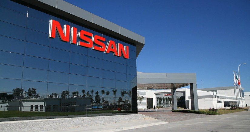 Nissan sells its stake in Daimler
